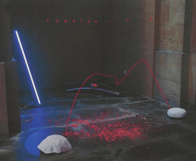 ||| Premio Navarra de Escultura (Propuesta de Adquisición)Tensión en el Jardín Zen Técnica mixta, medidas variables Museo de Navarra, 2001