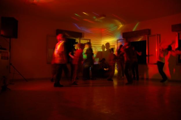 Niños bailando 2008