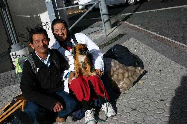 pareja con perrito 2013