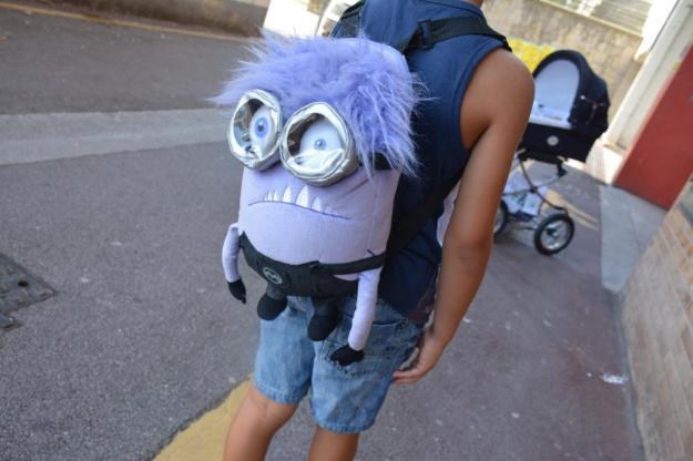 niño mochila 2016